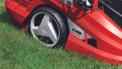Cordless Lawn Mower GE-CM 36 Li Kit (2x3,0Ah) Einsatzbild 1